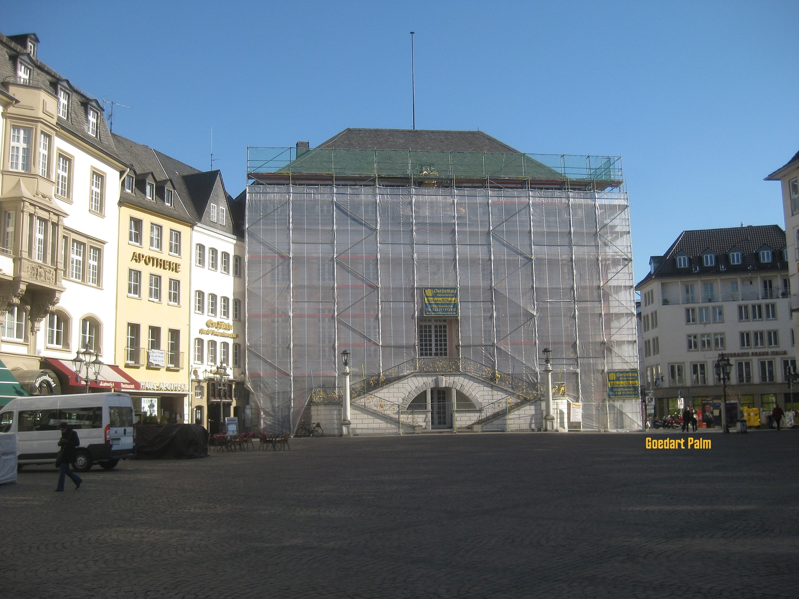 Wrapped Rathaus Bonn Goedart Palm